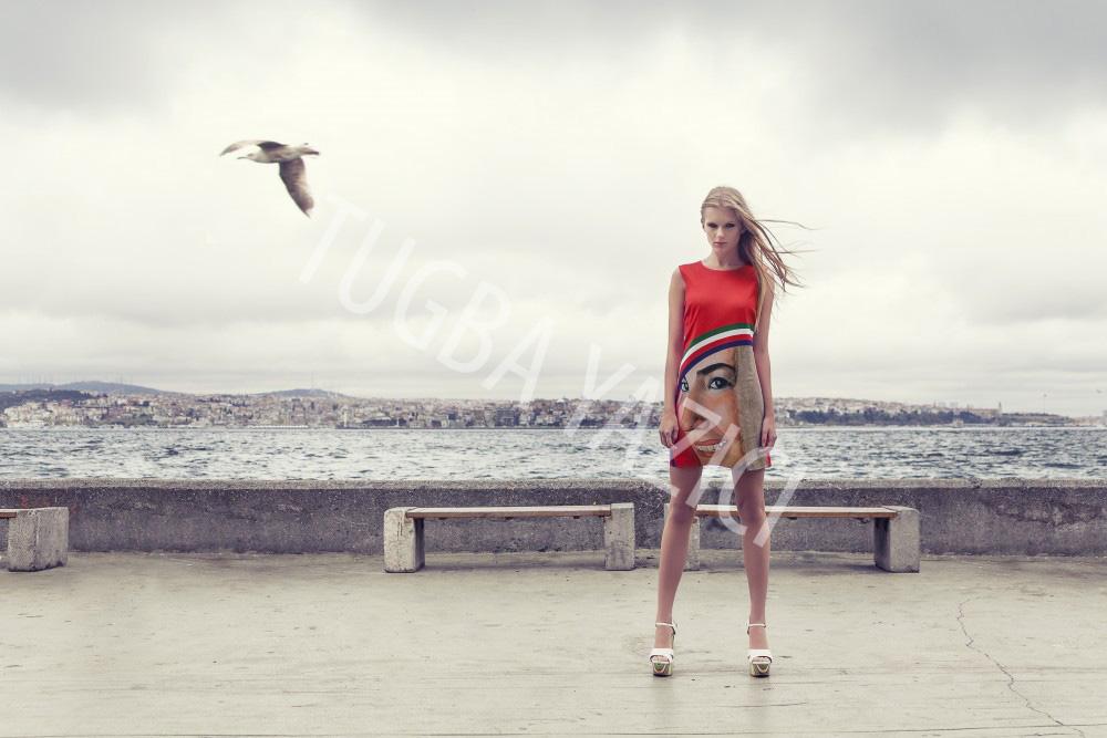 Kırmızı Portre Elbise