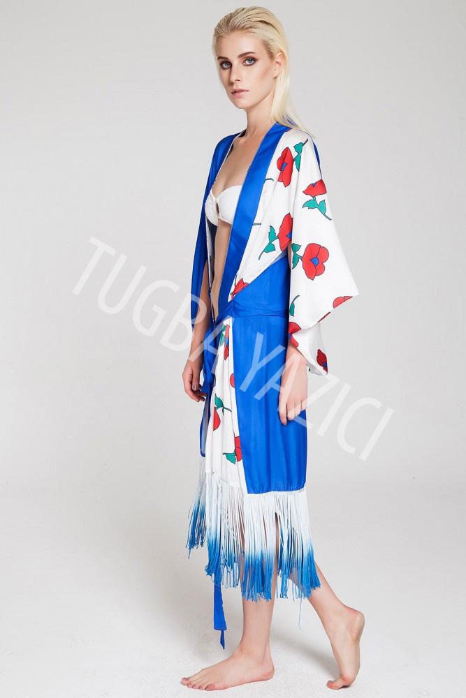 Kısa Püsküllü Kimono