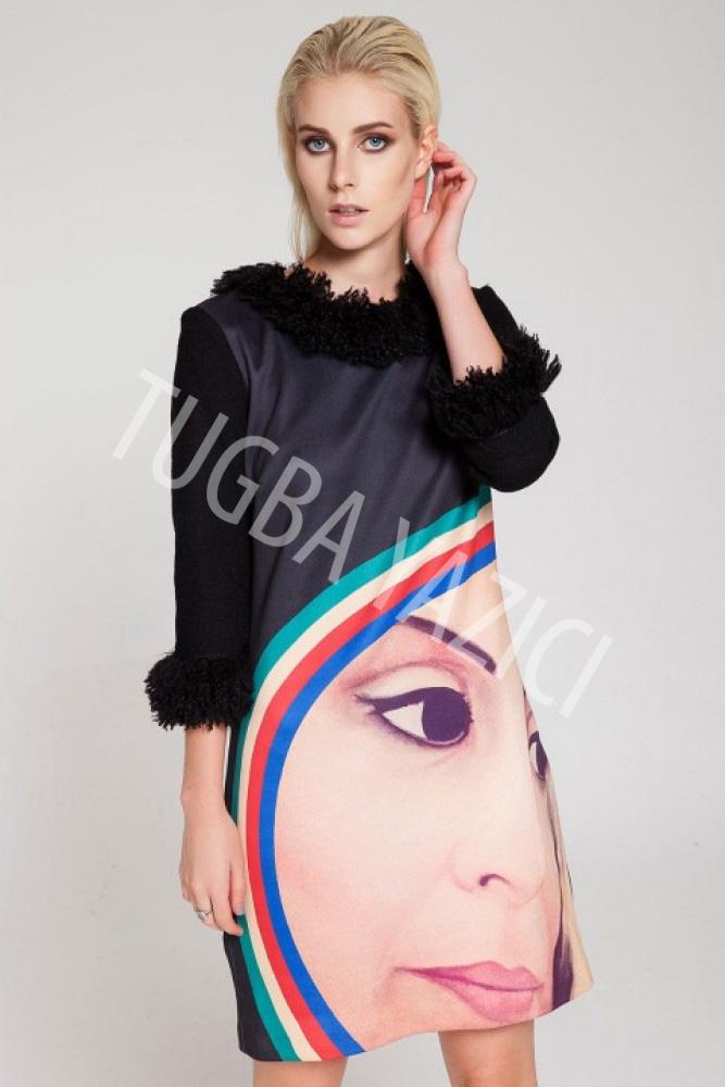 Siyah Truvakar Kollu Portre Elbise
